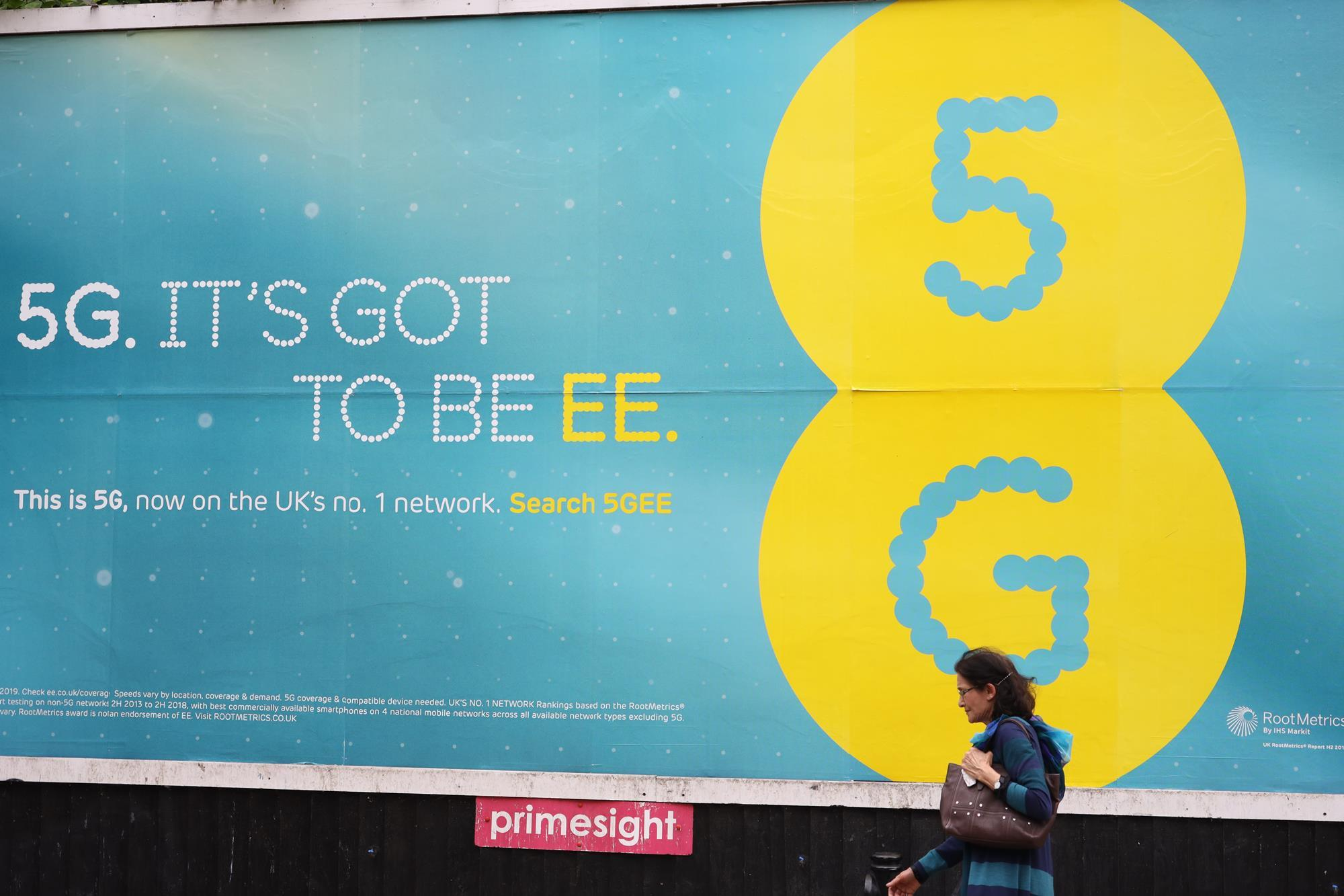 EE, Largest UK Mobile Services Company, Also Ranked #1 in Latest TotalSocial Ranking